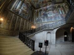 Enter the Baroque Palace