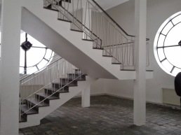 Hallgrímskirkja stairway to overlook the city