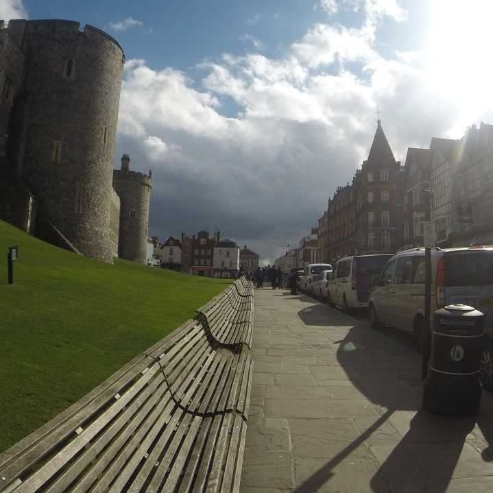 Windsor leading to the castle¬!