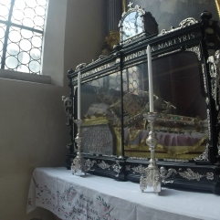 relic's within St. Peter's Church - yes, that is a real body